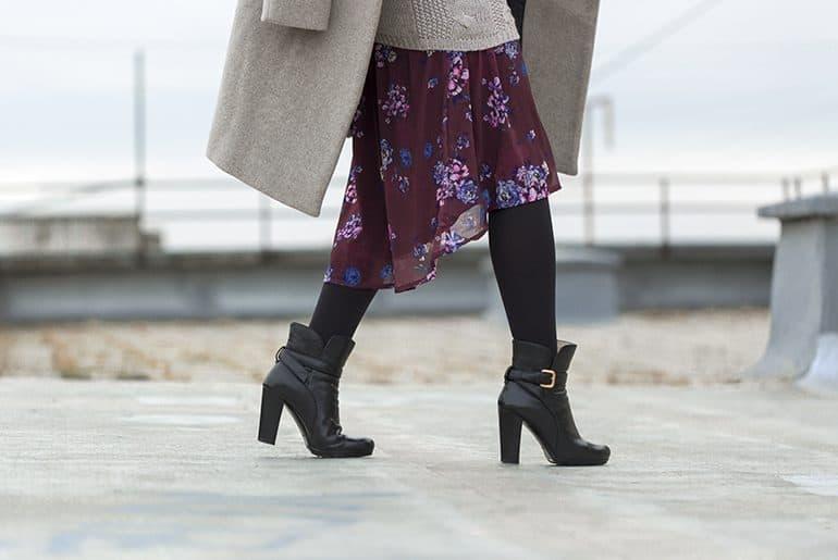 How to wear summer dress in winter